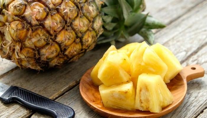 Como amaciar carne com abacaxi